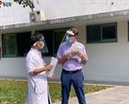 COVID-19 : un patient britannique de 71 ans guéri par lHôpital central de Hue