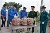 Hà Nội đảm bảo nhu yếu phẩm phục vụ người dân trong vùng cách ly thôn Hạ Lôi
