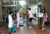Иностранцы поблагодарили Вьетнам за оказанную медицинскую помощь