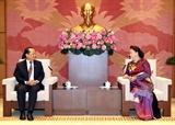 La présidente de lAN reçoit le nouvel ambassadeur du Cambodge