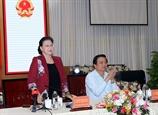 La présidente de lAN Nguyên Thi Kim Ngân travaille avec les autorités de Long An