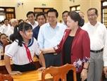 Chủ tịch Quốc hội Nguyễn Thị Kim Ngân làm việc tại tỉnh Long An