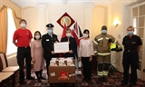 Việt Nam trao tặng hàng trăm nghìn khẩu trang cho Anh và Cộng hòa Ireland