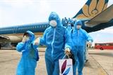 Chuyến bay đầu tiên đưa 207 du khách bị mắc kẹt tại Đà Nẵng về Hà Nội