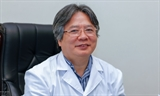 Tran Binh Giang premier expert vietnamien en endoscopie chirurgicale