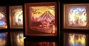Thắp sáng ký ức bằng đèn giấy nghệ thuật Kirigami