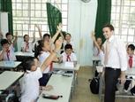 Волонтеры из США преподают английский язык чтобы укрепить связи