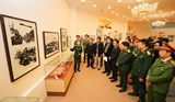 Hơn 200 tài liệu trưng bày tại triển lãm Đảng ta thật là vĩ đại