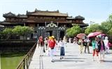 В 2020 году количество туристов посещающих достопримечательности Хюэ резко упало