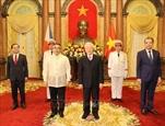 អគ្គលេខាបក្ស ប្រធានរដ្ឋវៀតណាម លោក Nguyen Phu Trong បានទទួលជួបបណ្ដាឯកអគ្គរដ្ឋទូតមកជូនសារតាំង