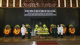 Rinden homenaje póstumo a exviceprimer ministro de Vietnam