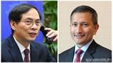 Главы МИД Вьетнама и Сингапура провели телефонный разговор