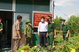 Kiểm tra công tác sẵn sàng chiến đấu và phòng chống dịch COVID-19 trên tuyến biên giới