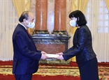 Chủ tịch nước Nguyễn Xuân Phúc tiếp các Đại sứ trình Quốc thư