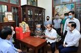 Chủ tịch nước thăm một số nhà báo gia đình nhà báo lão thành nhân dịp Ngày báo chí Cách mạng Việt Nam