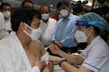 Эпидемия COVID-19: начата самая масштабная кампанию вакцинации в Хошимине