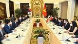 Министр иностранных дел Буй Тхань Шон провел переговоры с Министром иностранных дел Южной Кореи Чон Ы Ёном