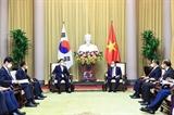Chủ tịch nước Nguyễn Xuân Phúc tiếp Bộ trưởng Ngoại giao Hàn Quốc Chung Eui Yong