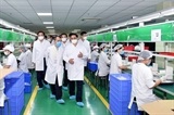 Премьер-министр: вакцина от COVID-19 вьетнамского производства станет доступной до июня 2022 года