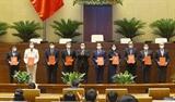 Chủ tịch Quốc hội Vương Đình Huệ trao Quyết định Nghị quyết của Đảng đoàn Quốc hội và Ủy ban Thường vụ Quốc hội về công tác tổ chức