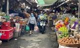 거리두기 조치로 고객 급감한 호찌민시 전통시장