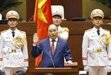 Le président vietnamien Nguyen Xuan Phuc prête serment
