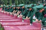 Премьер-министр выдал сертификат За заслуги перед Отечеством павшим солдатам