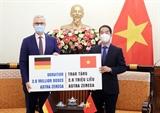 Tiếp nhận 26 triệu liều vaccine AstraZeneca phòng COVID-19 do Chính phủ Cộng hòa Liên bang Đức viện trợ cho Việt Nam