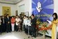 Торжественное открытие выставки на тему «Свет от умелых рук» в г. Ханое, где выставляются произведения незрячих учеников.