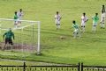 Các tuyển thủ quốc gia Việt Nam tích cực chuẩn bị cho trận túc cầu bấy lâu mong đợi.