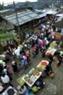 Một góc chợ phiên Dào San.