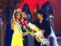 Miss Universe 2007 Riyo Mori gives the Miss Universe crown to Miss Universe 2008 Dayana Mendoza.
