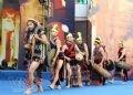 Múa cồng chiêng trong lễ hội truyền thống của người Cơ tu.