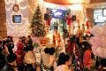 Trang Tien Plaza becomes an interesting place for Hanoians to welcome Christmas.