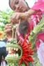 Đôi bàn tay khéo léo và tài hoa của người con gái Đà Nẵng đã biến mâm hoa quả thành một tác phẩm nghệ thuật tuyệt đẹp.