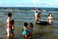 La plage de Cua Lo en été.