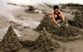 Construcción de palacios de arenas.