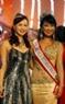 Hoa hậu Nguyễn Diệu Hoa và Ms America International 2007 Hồ Thị Bích Trâm cũng có mặt tại vòng bán kết.