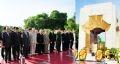 Sáng ngày 27/7/2009, tại Hà Nội, đoàn đại biểu Đảng, Nhà nước, Quốc hội, Chính phủ và Trung ương Mặt trận Tổ quốc Việt Nam đã đến đặt vòng hoa viếng các anh hùng liệt sĩ tại Đài tưởng niệm các anh hùng liệt sĩ.