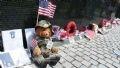 Подарки погибшим ветеранам от детей.