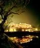 Vista nocturna de la Ciudadela Imperial de Hue