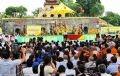 Đông đảo bà con Phật tử và Kiều bào dự Lễ Khai mạc.