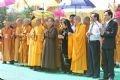 Nguyên Phó Chủ tịch nước Trương Mỹ Hoa, Đại diện Uỷ ban về người Việt Nam ở nước ngoài cùng các Ban ngành đoàn thể và Trung ương GHPGVN dâng hương tại Lễ Khai mạc.