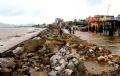 Ураган Дамрей разбил морскую дамбу в уезде Хаулок, пров. Тханьхоа