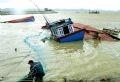 Tàu thuyền của ngư dân tỉnh Phú Yên bị chìm.