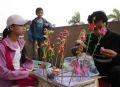 Лепка фигуры из рисовой муки - традиционное развлечение вьетнамцев