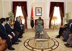 2018年12月5日から7日までのアンゴラ公式訪問のエリアにおいて、チャン・コック・ヴオン政治局委員はEmilia Carlota Sebastiao Celestino Diasアンゴラ国会副議長と会見した。撮影:ベトナム通信社