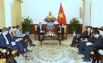 Deputy Prime Minister and Foreign Minister Pham Binh Minh received US Ambassador to Vietnam Daniel Kritenbrink in Hanoi on January 8. Photo: Duong Giang/VNA
