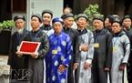 Các nghệ nhân thư pháp cao tuổi đất Thăng Long – Hà Nội.