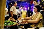 Món nem rán, một đặc sản của người Hà Nội.